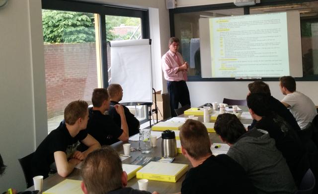 UPGRADE en PSB (particuliere school Benschop) starten APK Keurmeester cursus